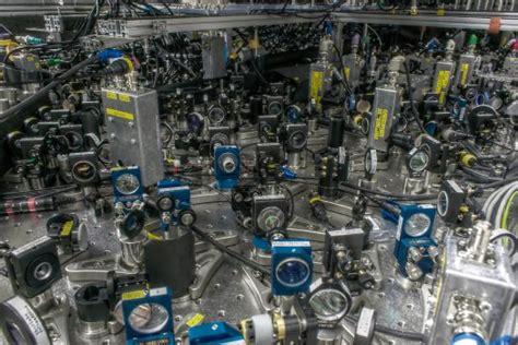 scientists successfully teleport quantum information