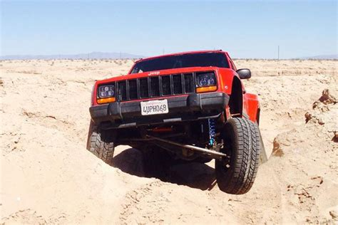 jeep cherokee prerunner desert bound jeep a 1998 cherokee goes prerunner off