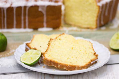 kuchen mit limetten kokos limetten kuchen rezept verzuckert de