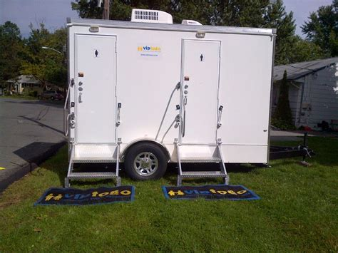 Trailer Bathroom Rental by Restroom Trailer Rentals Get The Started