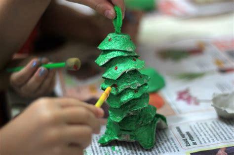 4h christmas tree from old egg carton make egg trees