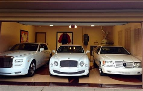 mayweather cars where does floyd mayweather live take a look inside the
