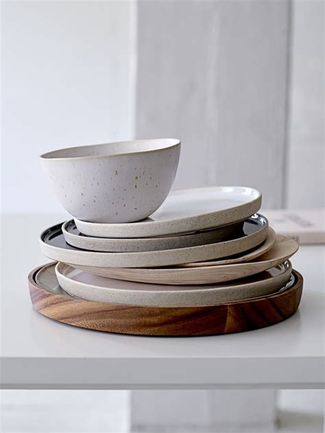 best 25 ceramic tableware ideas on plates