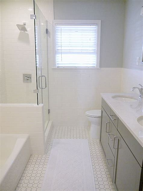 home depot bathroom tiles ideas 25 best ideas about home depot bathroom on