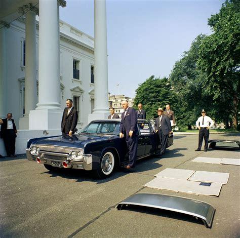 presidential limousine john  kennedy presidential