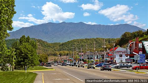 top 6 reasons to stay at our pigeon forge cabin rentals 6 reasons to stay in a smoky mountain cabin rental