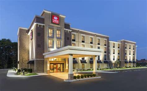 Comfort Inn And Suites Ohio by Comfort Suites Hartville Ohio Hotel Reviews Tripadvisor