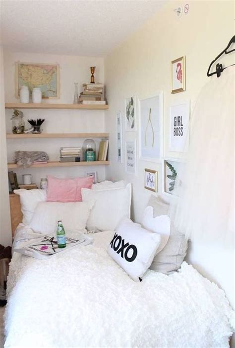 small room decor best 25 dorm rooms decorating ideas on pinterest dorm