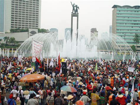 Masyarakat Indonesia soft skill penduduk masyarakat dan kebudayaan