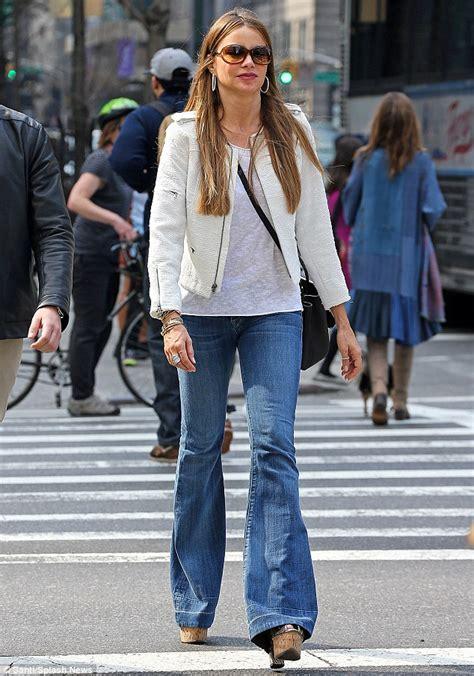 New York Platform Bed - sofia vergara rocks flared jeans as she strolls through new york s upper east side daily mail