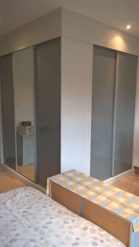 Fitted Wardrobes Blackpool by Sliding Door Wardrobe On Two Walls Going The Corner