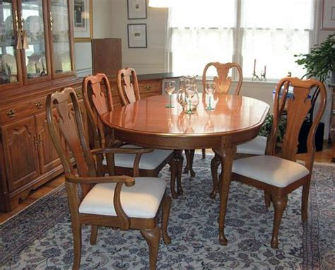 thomasville dining room table thomasville dining room oak table chairs server cabinet ebay