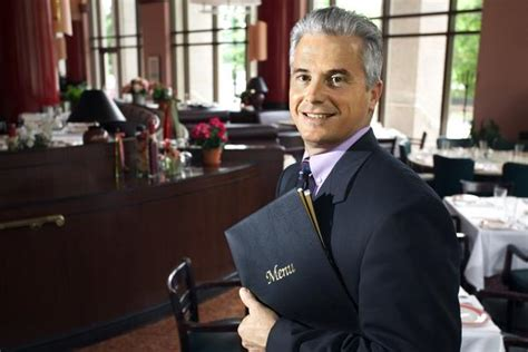 Become A Hotel Manager by 7 Traits Of Successful Restaurant Managers
