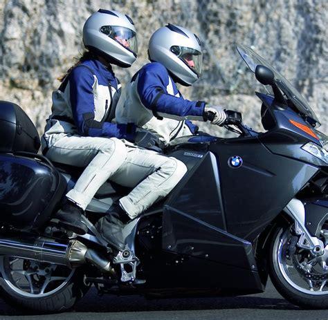 Motorradfahren Zu Zweit Mit L harmonie im sattel ratgeber zu zweit auf dem motorrad welt