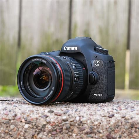 Canon Eos 5d Ii Kit 24 105 F4l Is Add Pin Bbm D B 9 2 1 A F A 1 canon eos 5d iii 24 105mm f4l is usm lens kit every photo store