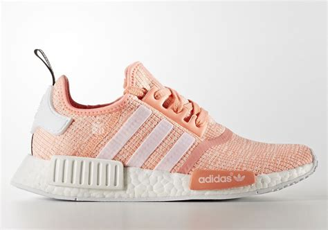 Sepatu Adidas Nmd Sun Glow adidas nmd r1 sun glow by3034 april 2017 sneakernews