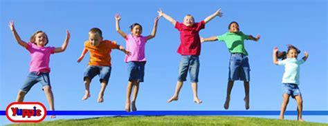 fotos de niños jugando juegos tradicionales yuppiepark beneficios de los juegos tradicionales para