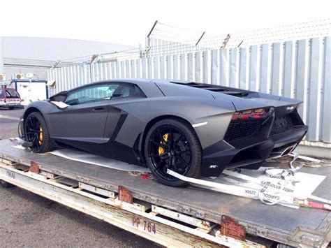 how arab playboys fly their supercars into daily mail