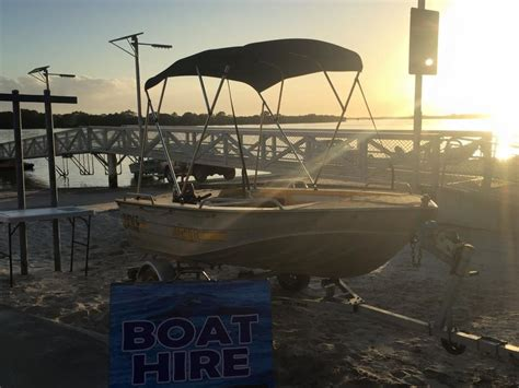 fishing boat hire jacobs well jacobs well bait tackle chandlery in jacobs well brisbane
