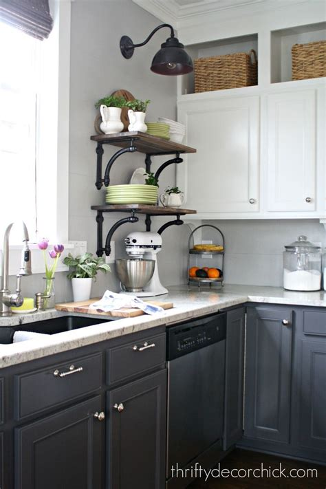 two toned cabinets in kitchen 25 best ideas about two toned kitchen on two