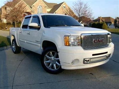 buy car manuals 2009 gmc sierra 1500 navigation system purchase used 2009 gmc sierra 1500 awd crew cab denali in monroe township new jersey united states
