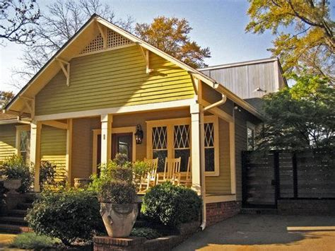 cottage exterior paint colors and cottages on