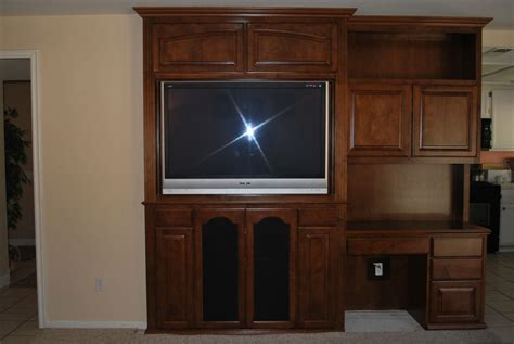 Built In Entertainment Center And Desk Combo C L