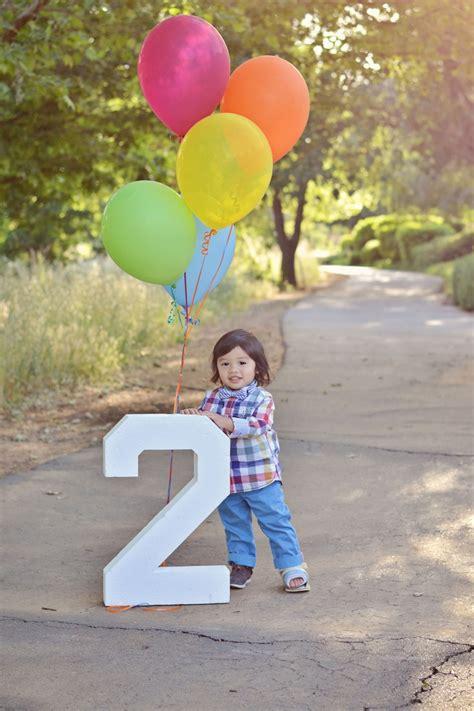 Happy  Ee  Birthday Ee   Two  Ee  Year Ee    Ee  Old Ee    Ee  Boy Ee   Child Kid Balloons  Ee   Ee   Pose