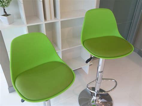 sgabelli girevoli ikea sedie girevoli per camerette sedia monoscocca da ufficio