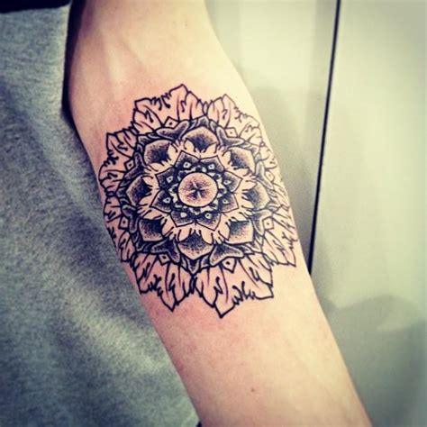 hannah snowdon tattoos style icon snowdon the vandallist