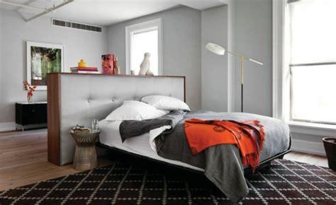 verzierung eines kleinen schlafzimmers auf einem etat 20 ideen f 252 r stilvolle junggeselle schlafzimmer