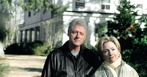 where do clintons live breaking fire at hillary and bill clinton s home in