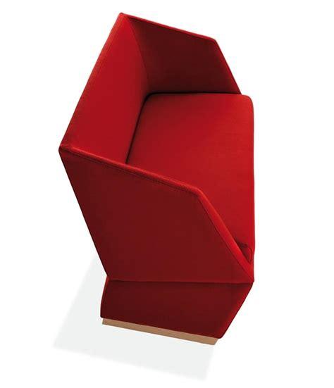 divanetti due posti divanetti a due posti con zoccolo in legno idfdesign