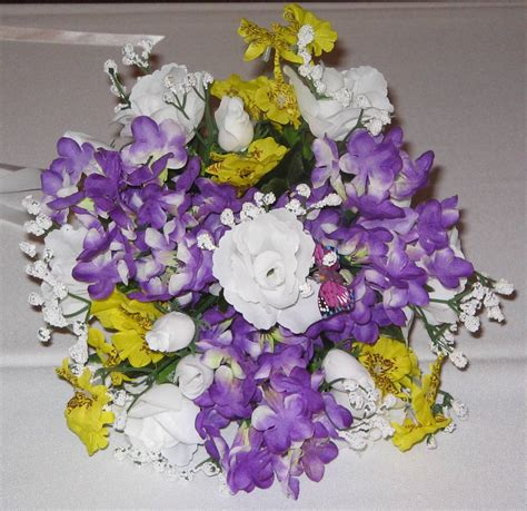 Wedding Bouquet Budget by Bouquets Budget