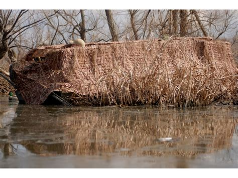 attaching duck blind to boat avery quick set blind 14 16 boats marsh grass camo