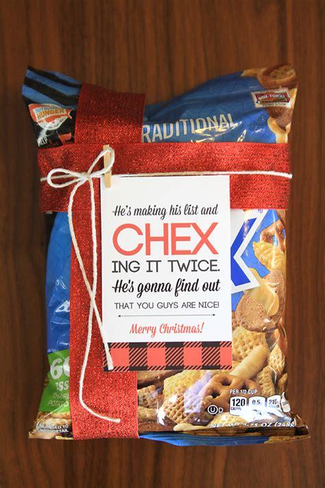 neighbor christmas gift ideas eighteen