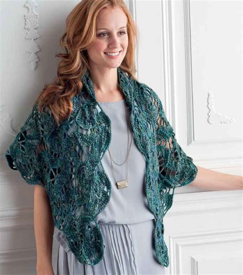 Pashmina Motif Blue Coral blue lagoon swirling hexagon motif and shawl crochet pattern