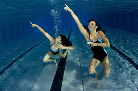swimming workouts for abs