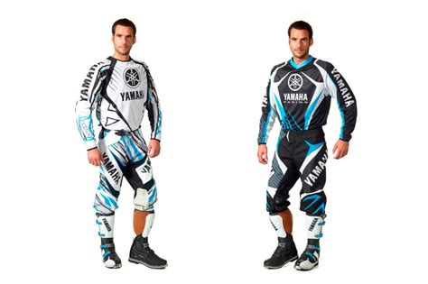 second motocross gear 2011 yamaha mx gear launched autoevolution