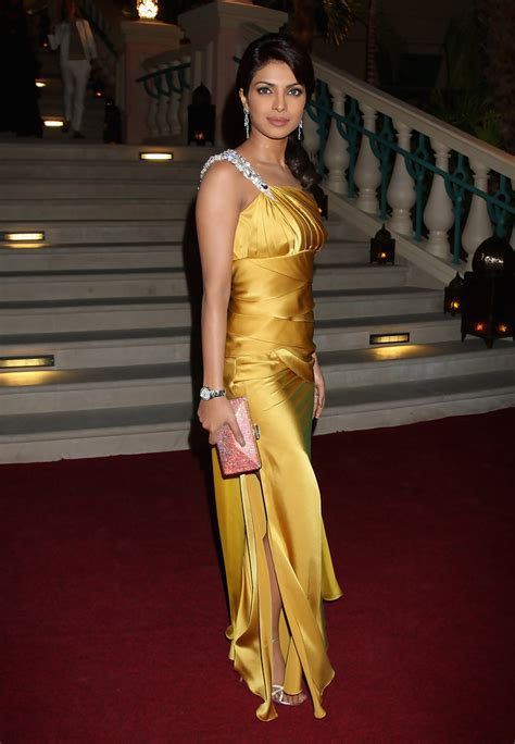 Prianka Dress priyanka chopra evening dress priyanka chopra looks