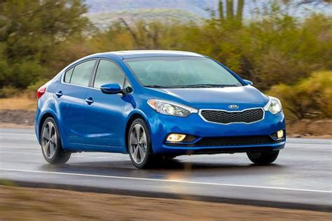 What Is The Difference Between Kia Forte Lx And Ex 2015 Kia Forte Vs 2015 Hyundai Elantra What S The
