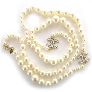 chanel classic cc graduated pearl necklace 35751