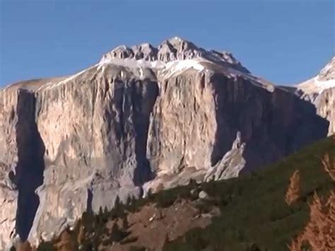 Motorradunfall Dolomiten by Pordoijoch Passo Pordoi Dolomiten Impressionen Alpen