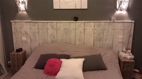 faire une tete de lit avec une planche en bois ides de fabriquer une tete de lit en bois flott galerie