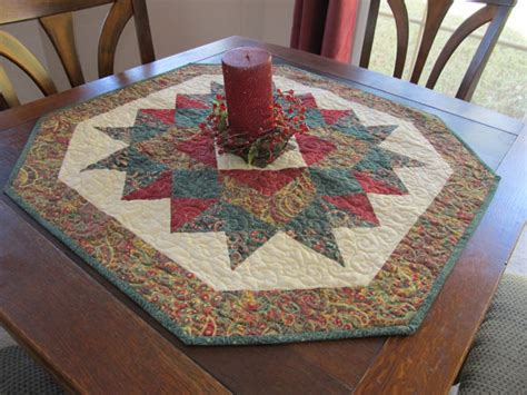 the 25 best quilted table toppers ideas on