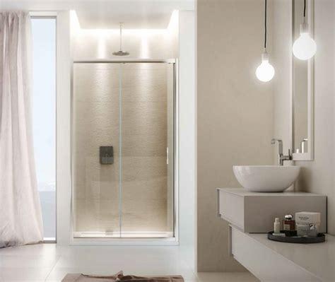 docce in cristallo porta scorrevole in cristallo per doccia a nicchia quot quot