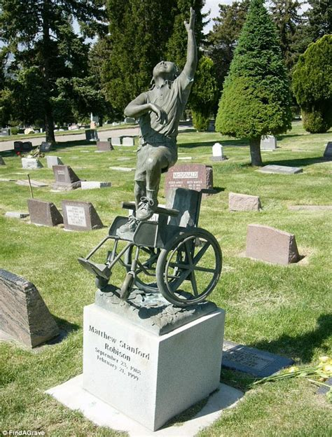 ok google show me used jon boats for sale in hattiesburg mississippi father builds touching tombstone in memory of his disabled
