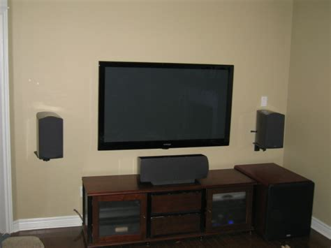bookshelf speakers wall mount