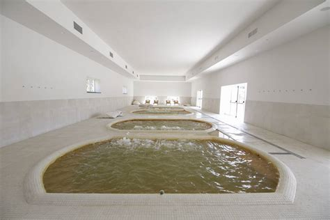 vasche termali terme di agnano riapre il parco benessere stylo24