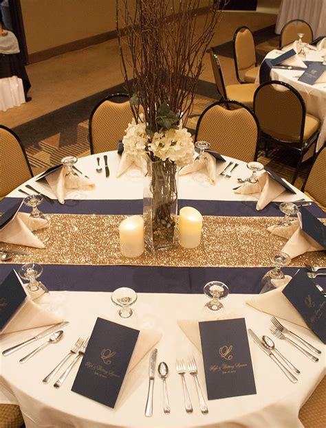 wedding table runners gold i like the two toned table runners the centerpiece is too